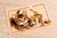 Latch Hook Rug: Kittens