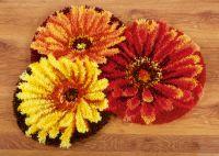 Latch Hook: Shaped Rug: Flower