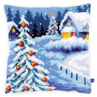 Cross Stitch Kit: Cushion: Winter Scenery by Vervaco