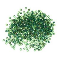 MH 00332 Seed Beads Size 11/0: Emerald