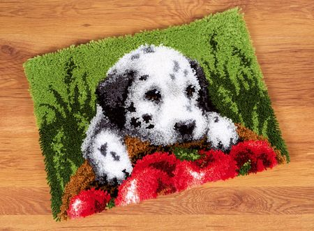 Latch Hook: Rug: Dalmatian with Apples
